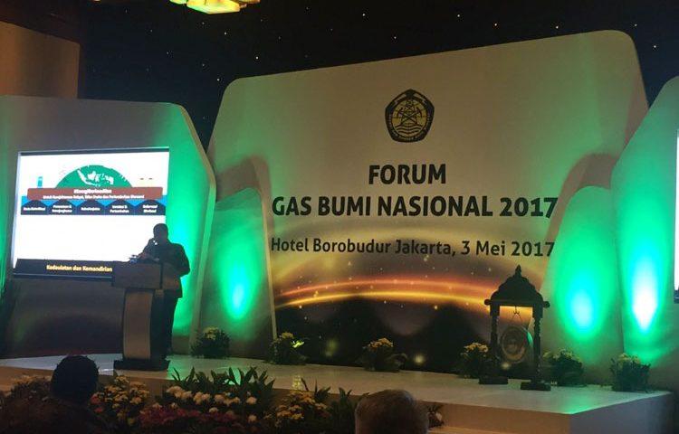 Menteri ESDM Buka Forum Gas Nasional Luncurkan Buku